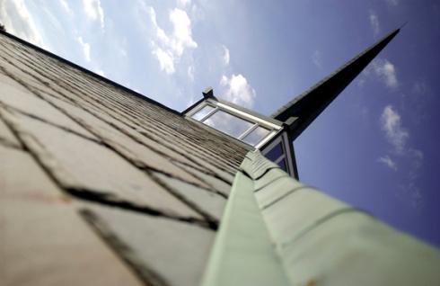 Extreme Dutch angle