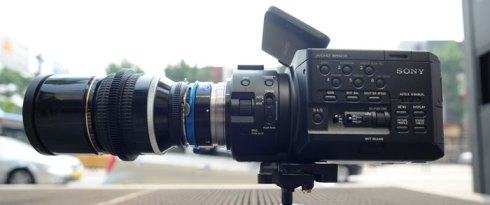 """FS100 in """"low profile"""" mode on the city street.  180mm Nikon Prime w/ MTF adapter"""